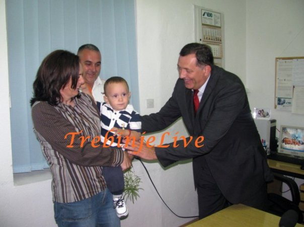 Dodik RS podrzava buduce roditelje