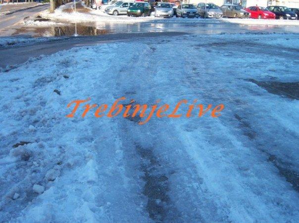 gradjani ogorceni zbog ne uklanjanja snijega i leda
