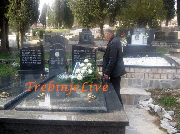 senad hadzic na grobu srdjana aleksica