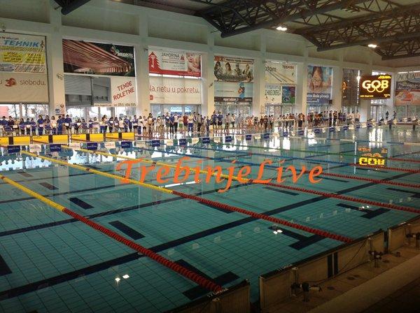 plivacima leotara u banjaluci 40 medalja
